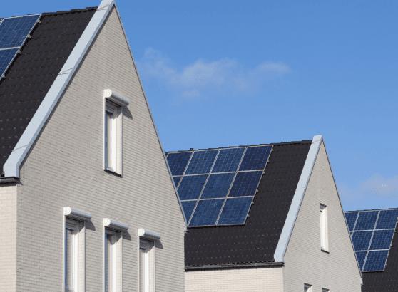 como-funciona-a-energia-solar-eletrojr